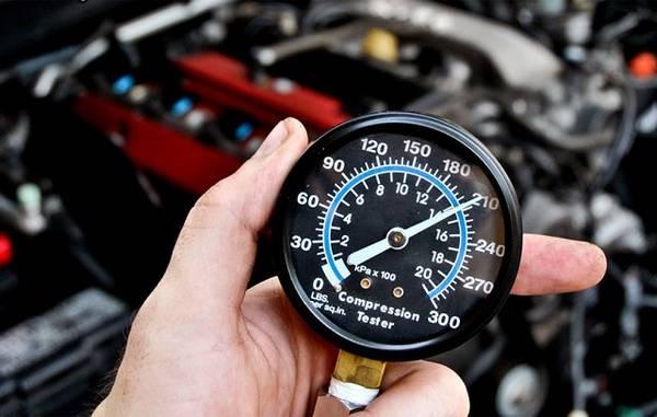 Как проверить компрессию двигателя: особенности и нюансы процесса с фото