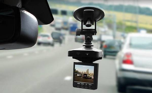 Видеорегистраторы автомобильные Какой выбрать? с фото